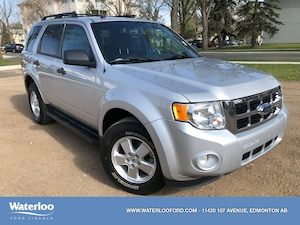 2011 Ford Escape XLT | Heated Seats | Reverse Sensors | Roof Rails