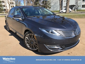 2013 Lincoln MKZ | Park Assist | Panoramic Moonroof | Navigation