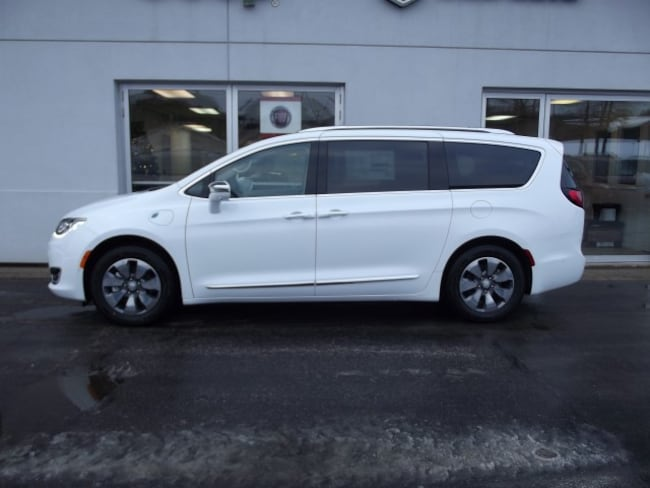 new 2018 chrysler pacifica hybrid limited bright white for sale in ludington mi stock 28234. Black Bedroom Furniture Sets. Home Design Ideas