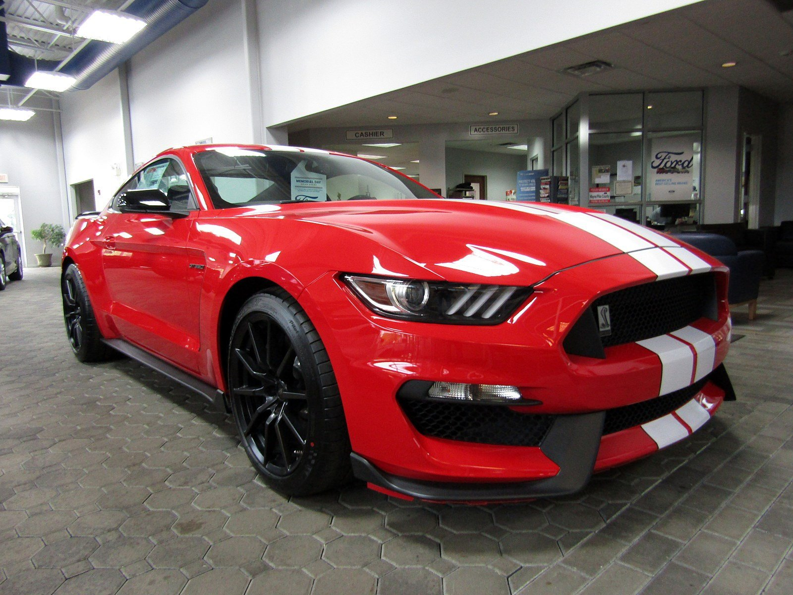 2018 Ford Mustang Shelby GT350 2dr Car