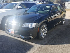 New 2019 Chrysler 300 TOURING L Sedan in Jasper, TX