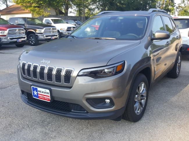 New 2019 Jeep Cherokee LATITUDE PLUS FWD Sport Utility Jasper, TX