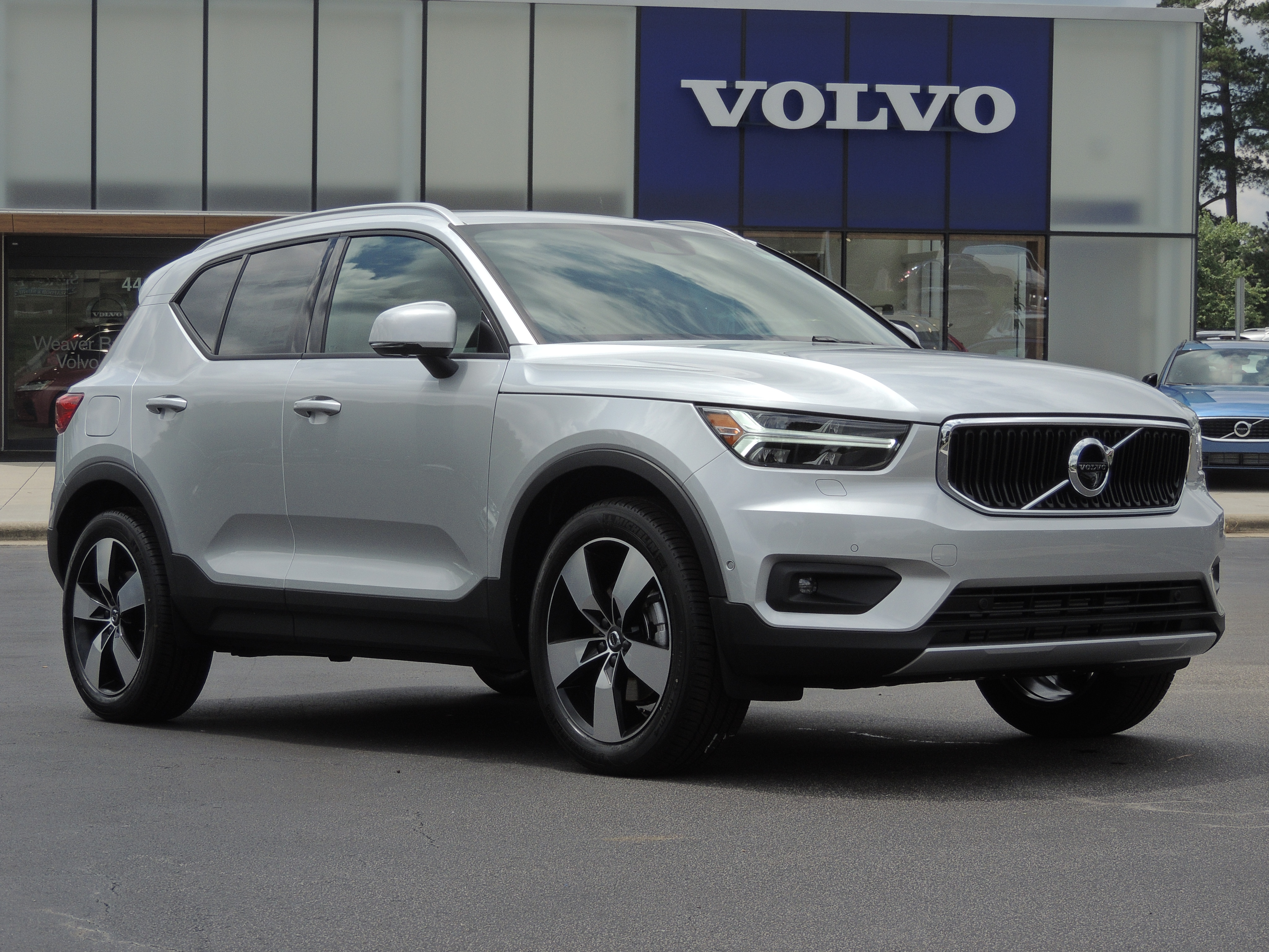 2019 Volvo XC40 For Sale in Raleigh NC | Weaver Brothers