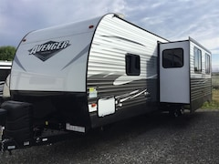 2019 Avenger 31DBS with bunks