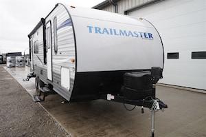 2019 GULF STREAM Trailmaster 238RK Rear Kitchen