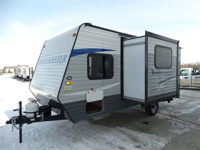 2017 GULF STREAM Trailmaster 19DS with bunks