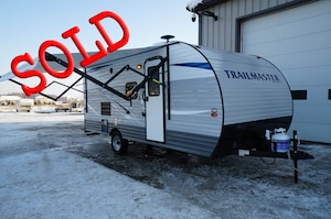 2018 GULF STREAM Trailmaster 199DD with bunks