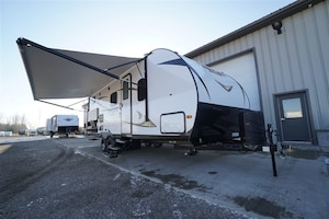 2019 PRIME TIME Tracer Breeze 24DBS with bunks