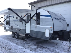 2019 GULF STREAM Trailmaster 259BH with bunks