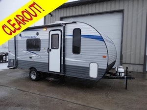 2017 GULF STREAM Trailmaster 188RB Queen walk around