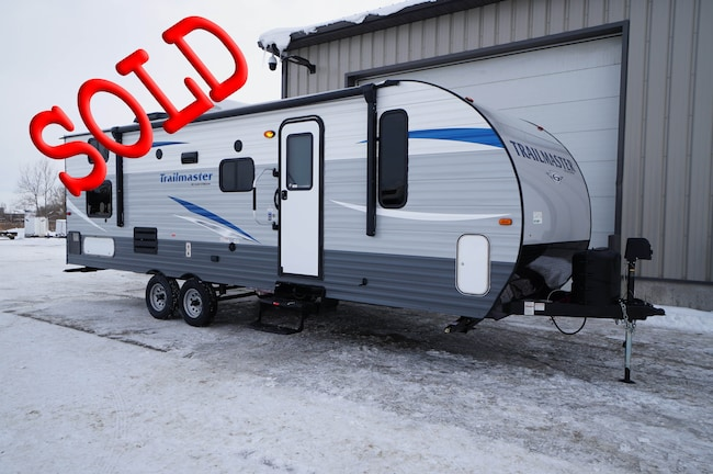 2019 GULF STREAM Trailmaster 255BH bunks
