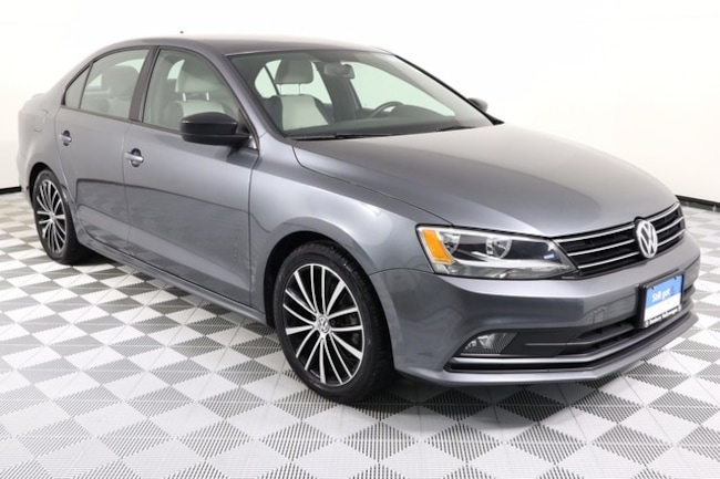 2016 Volkswagen Jetta Sedan 1.8T Sport Sedan