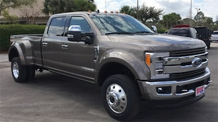 2019 Ford F-450 SD King Ranch Truck Crew Cab