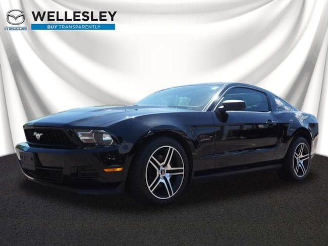 Used 2012 Ford Mustang V6 Coupe Wellesley