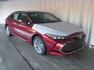 New 2019 Toyota Avalon Hybrid XLE Sedan for sale near you in Wellesley, MA