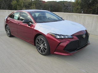 New 2019 Toyota Avalon XSE Sedan for sale near you in Wellesley, MA