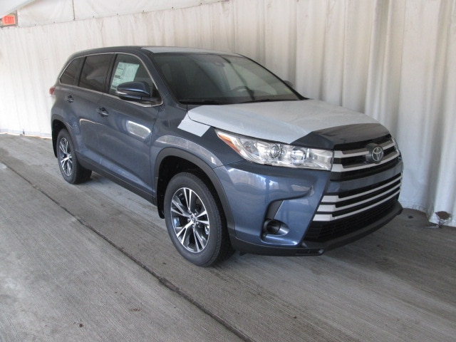Featured 2019 Toyota Highlander LE V6 SUV for sale near you in Wellesley, MA