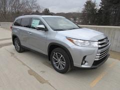 2019 Toyota Highlander Hybrid XLE V6 SUV for sale Wellesley