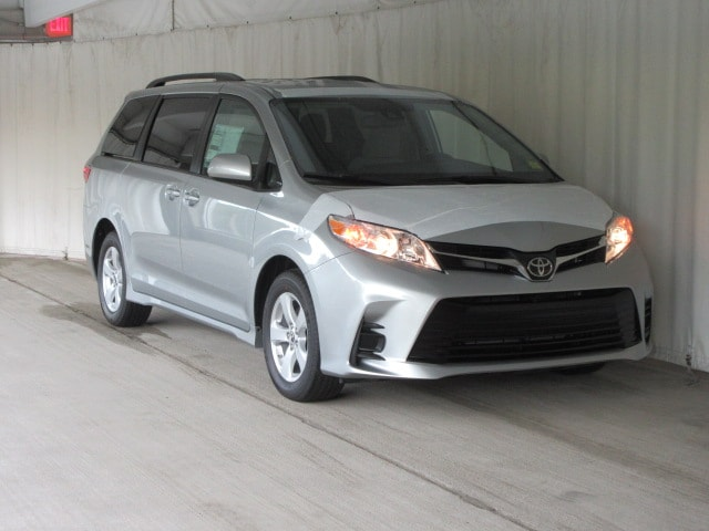 2019 Toyota Sienna Van