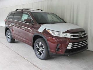 New 2018 Toyota Highlander LE V6 SUV for sale near you in Wellesley, MA