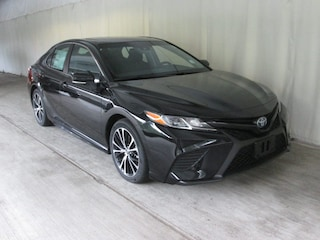 New 2018 Toyota Camry Hybrid SE Sedan for sale near you in Wellesley, MA