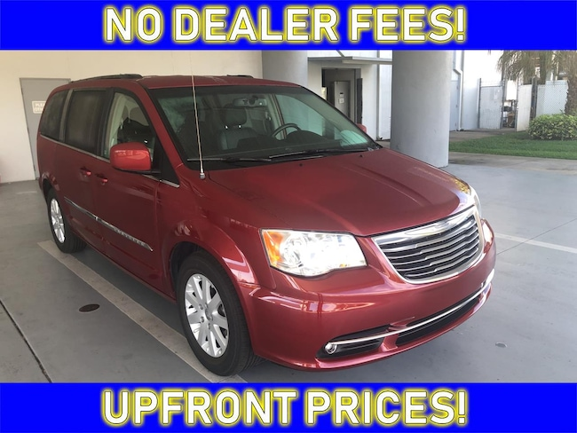 2016 Chrysler Town & Country Touring Van LWB Passenger Van for sale in Avon Park near Sebring
