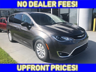 New 2019 Chrysler Pacifica TOURING PLUS Passenger Van Near Sebring