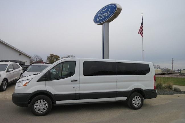 2016 Ford T350 Vans XLT Wgn Low Roof 148