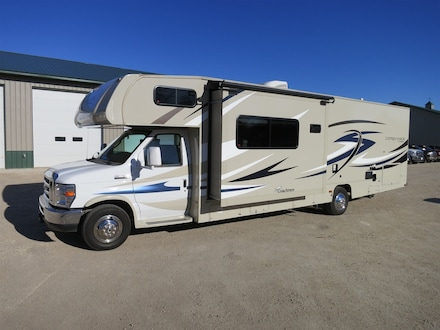 2015 Ford Coachmen E450 Leprechaun