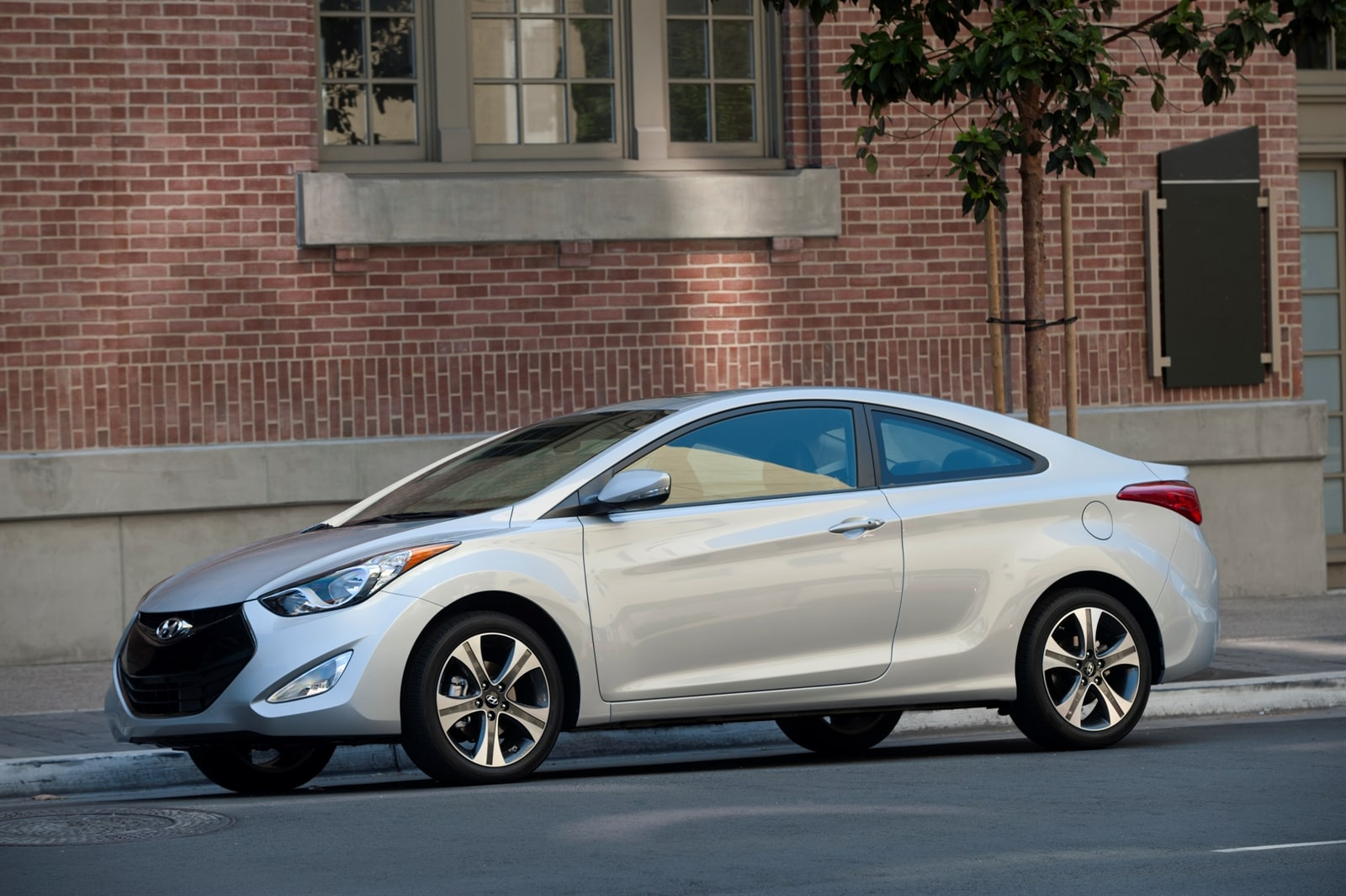 2013 Hyundai Elantra Coupe Research Page