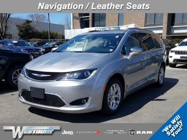 Certified Pre-Owned 2019 Chrysler Pacifica Limited Limited FWD on Long Island, NY