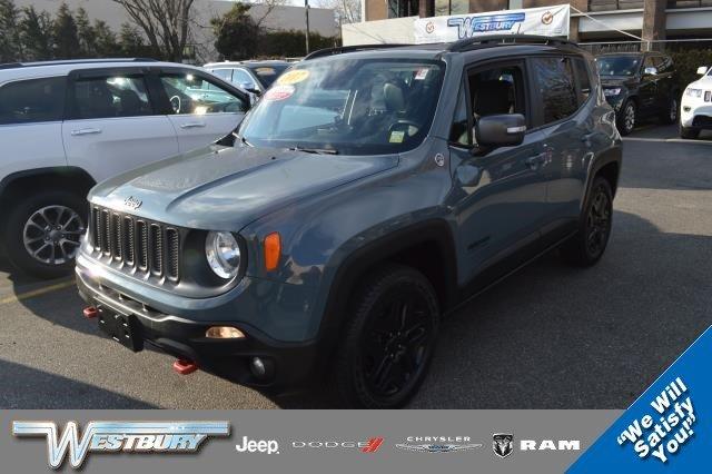 2017 Jeep Renegade Deserthawk 4x4 *Ltd Avail*