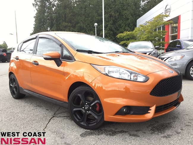 2017 Ford Fiesta ST - 6 speed manual transmission - one owner no ac Hatchback