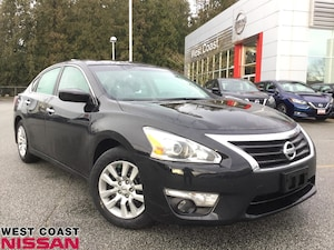 2015 Nissan Altima S - local vehicle with no accidents