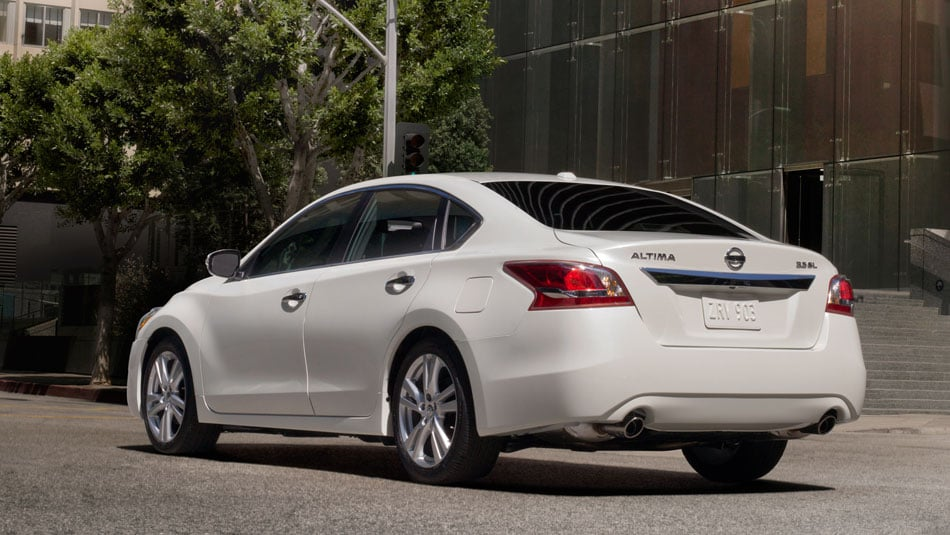 2014 Nissan Altima Exterior Rear End
