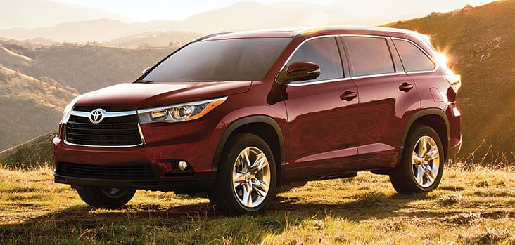 highlander motor trend iihs exterior rating reviews cars toyota and damage
