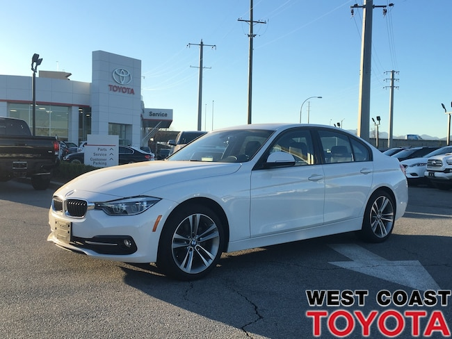 2017 BMW 320I xDrive-NO ACCIDENT CLAIMS/LOCAL/NAV Sedan