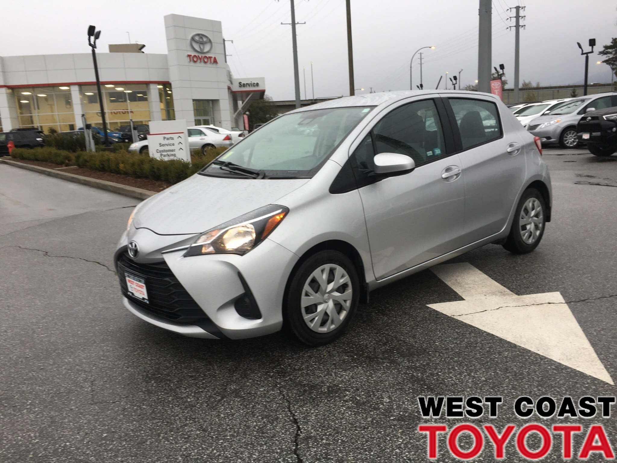 b062629ff3 2018 Toyota Yaris LE CONVENIENCE-NO ACCIDENT CLAIMS LOCAL BC CAR