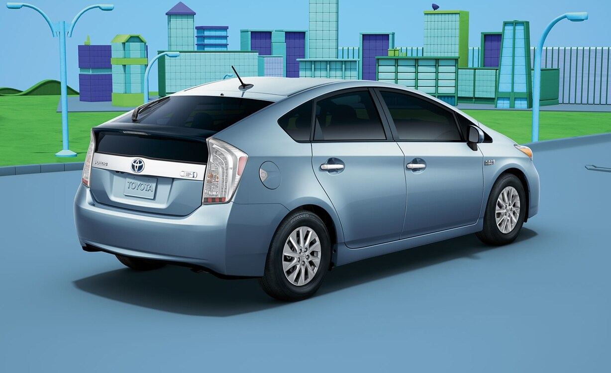 2015 toyota prius plug in exterior rear end