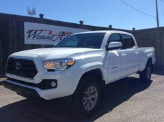 2019 Toyota Tacoma SR5  1600 kms Crew Cab