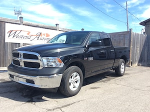 2017 Ram 1500 ST 4x4  only 20000 Kms