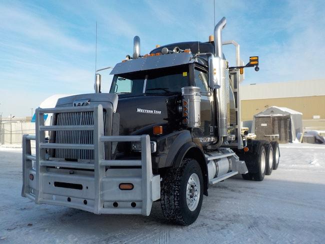 Used 2013 WESTERN STAR 4900SB in Edmonton, AB