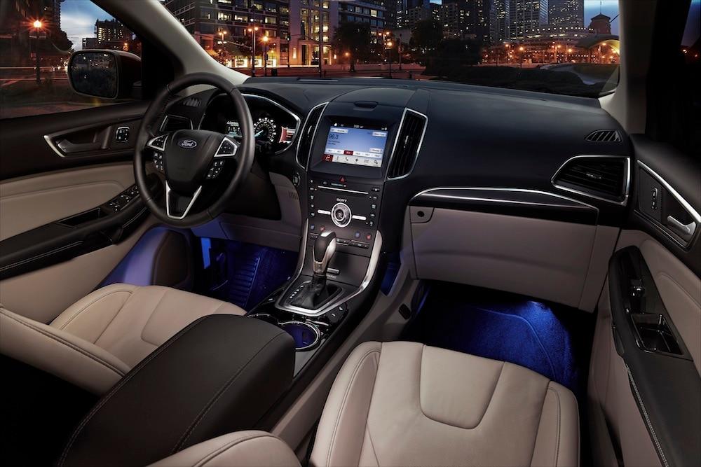 Ford Edge Vs Honda Cr V Interior Comparison In Countryside Il