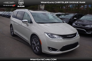 New 2019 Chrysler Pacifica LIMITED Passenger Van C32749 in Raleigh, NC