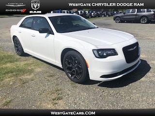 New 2019 Chrysler 300 TOURING Sedan in Raleigh, NC