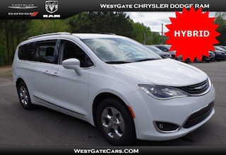 New 2018 Chrysler Pacifica Hybrid TOURING L Passenger Van C30795 in Raleigh, NC