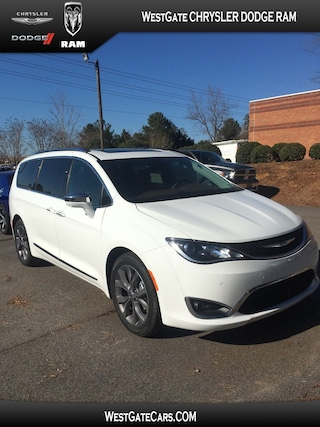 New 2019 Chrysler Pacifica LIMITED Passenger Van C32433 in Raleigh, NC