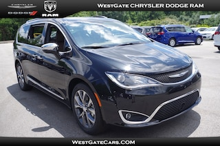 New 2018 Chrysler Pacifica LIMITED Passenger Van C31398 in Raleigh, NC
