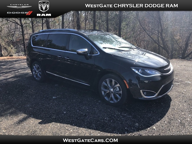 New 2018 Chrysler Pacifica LIMITED Passenger Van for sale in Raleigh, NC