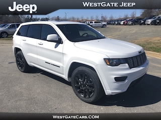 New 2019 Jeep Grand Cherokee ALTITUDE 4X2 Sport Utility J33209 in Raleigh, NC